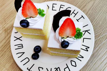重庆新东方烹饪学校半年特色班学费多少
